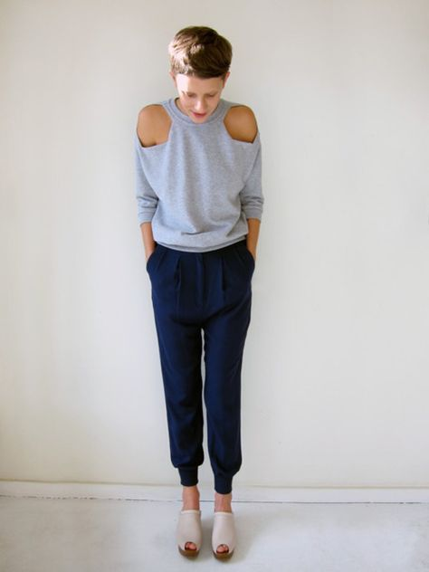 Love the cut out shoulder style